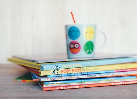 childrens-books-1246675__340.jpg