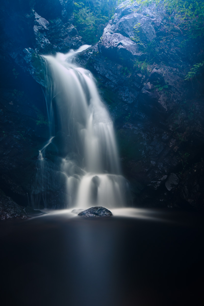 waterfalls-1-5_14594745109_o.jpg