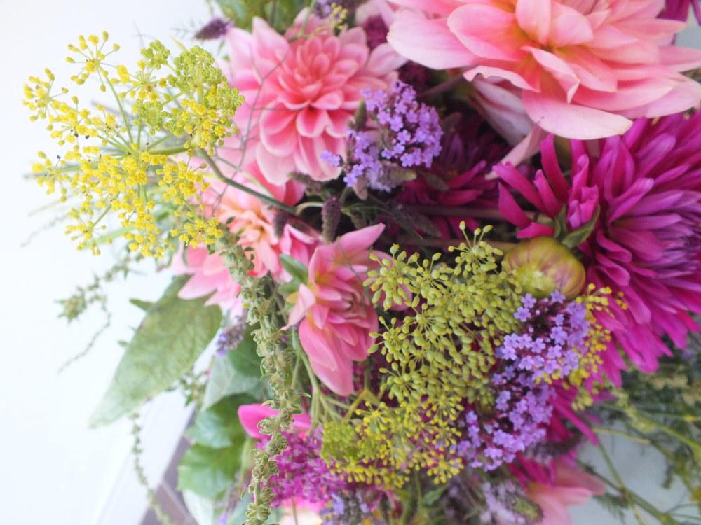 Fennel, Verbena, Pom Pom Dahlia & Garden Roses