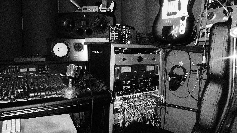 Studio John Castle Recording Wiring Drums 23 Of 25