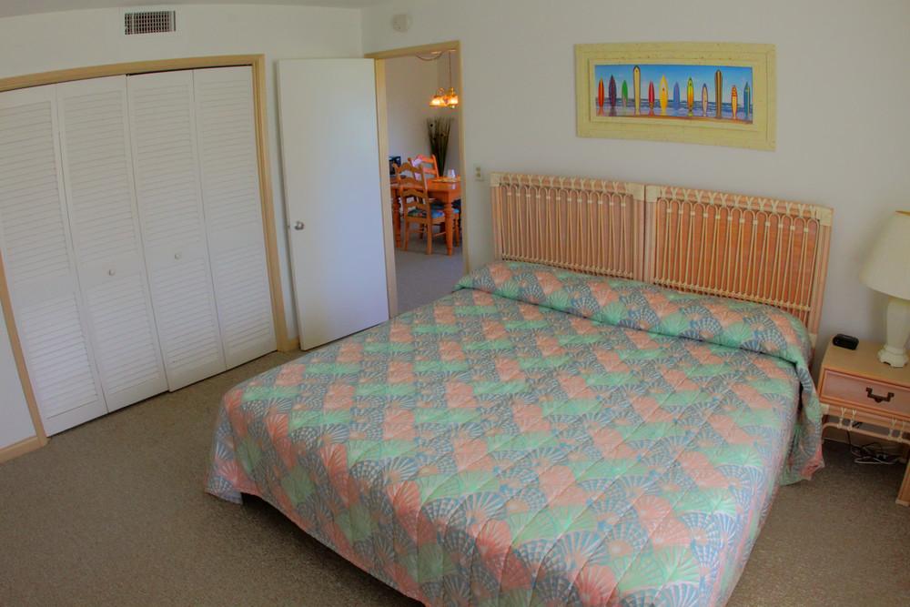 bedroomtonemapped.jpg