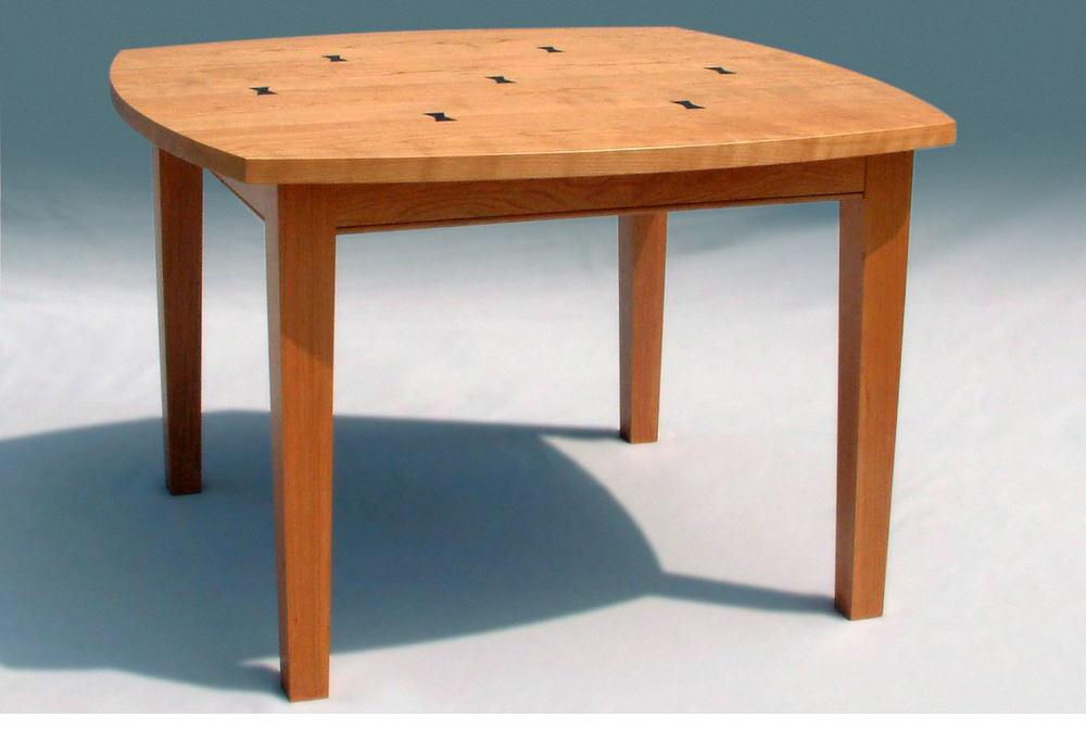 Sutton Table