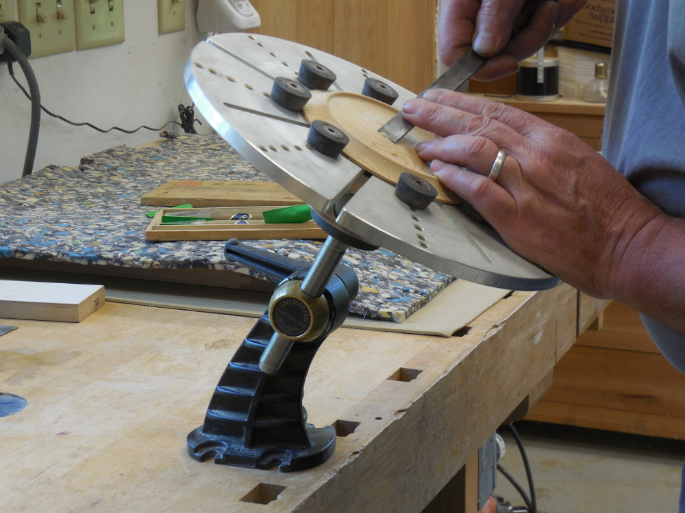 Hand tooling with #3 gouge, chuck and carving vise