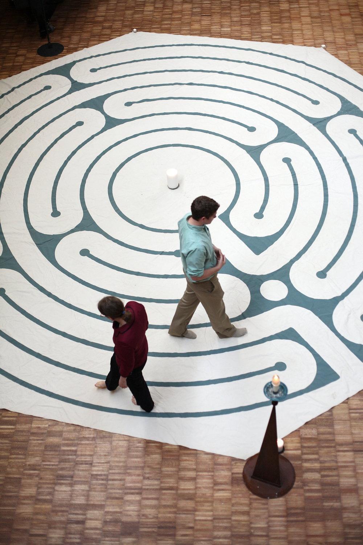labyrinth_04-15-10_0019.JPG