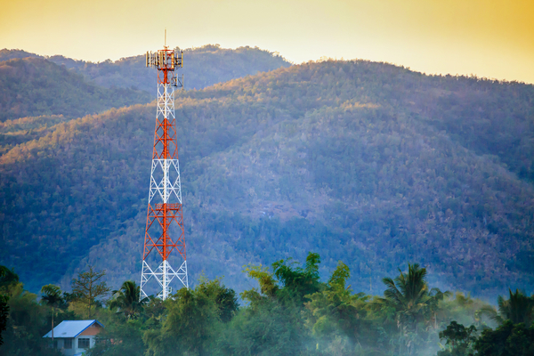 celltower-wireless-cell-tower-rural.jpg