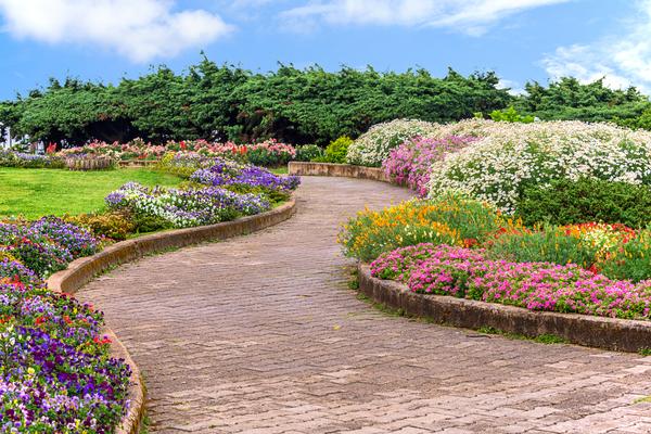 landscape-garden-1.jpg