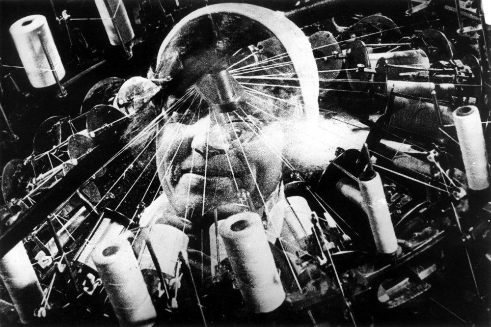 Dziga Vertov, <Chelovek s kino-apparatom>(1929)
