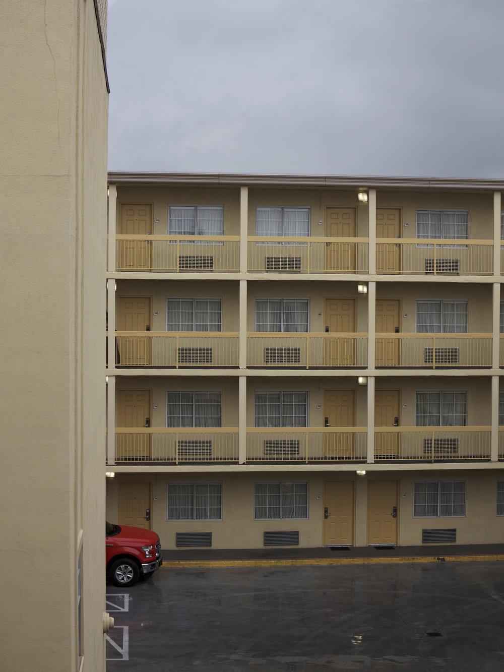 Austin_Motel_IMG_6777.jpg
