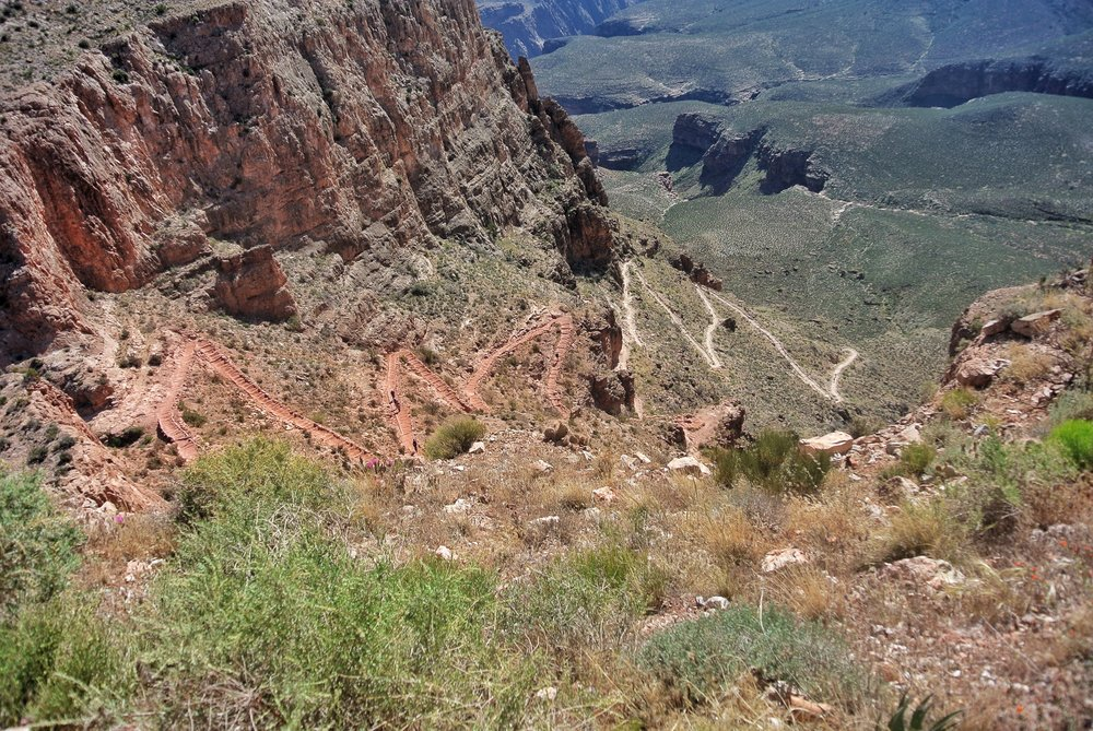 Switchbacks on South Kaibab Trail, South Rim, Grand Canyon