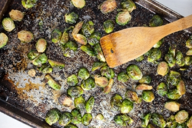 Maple-Sesame-Roasted-Brussels-Sprouts-Recipe-3.jpg