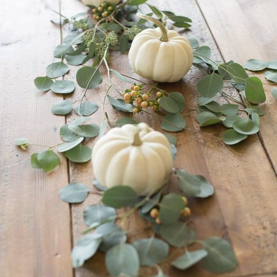 Budget Friendly Ways to Decorate for Fall