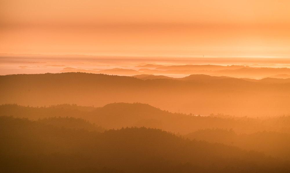 Solnedgang over vest-Hitra, sommeren 2014.