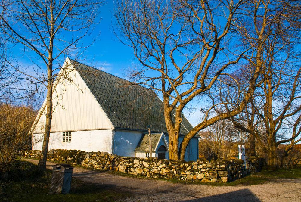 Omvisninger på Dolm kirke og prestegårdshage. Foto: Stian Vatn