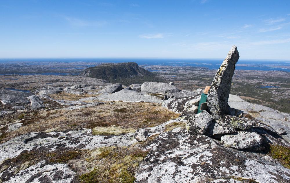 Fra Skårfjellet ned mot Tonningen.