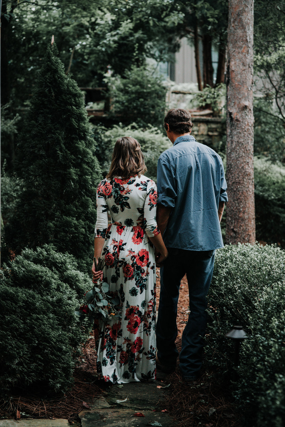 what-to-wear-for-fall-engagement-pictures.jpg
