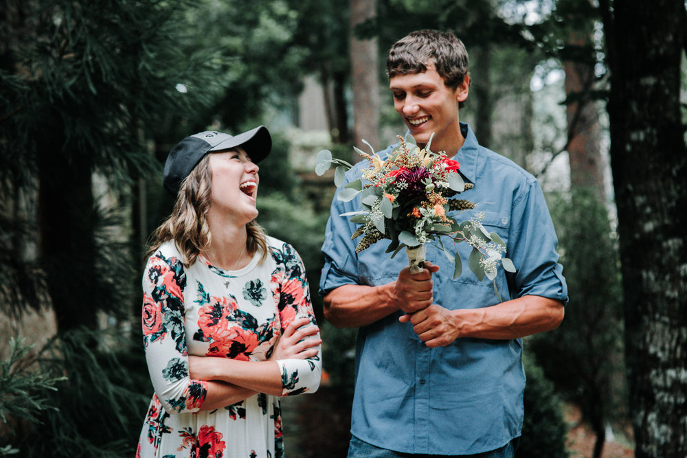 when-to-get-engagement-photos.jpg