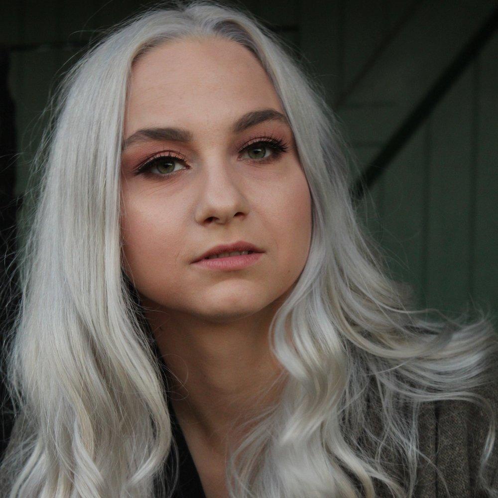 Sara Hamilton, 23