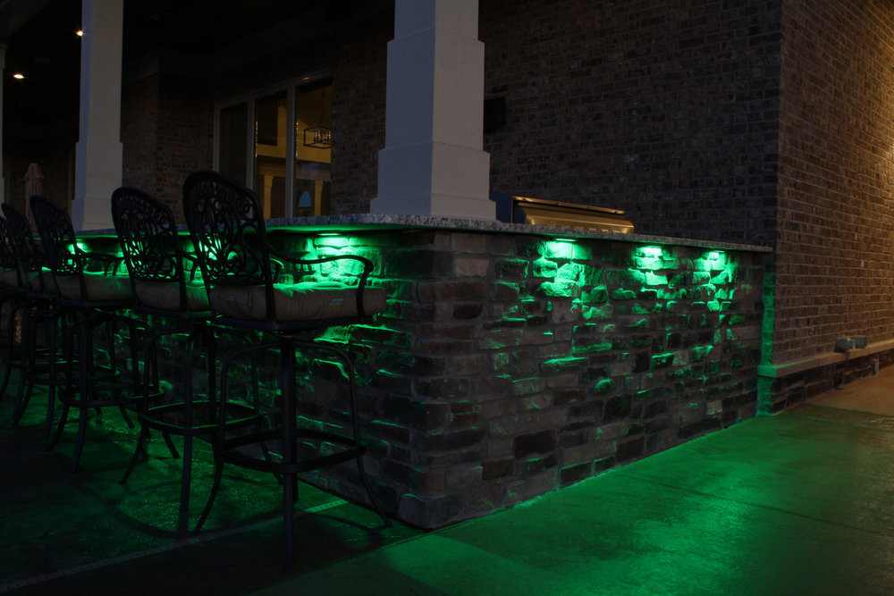Accent lights for outdoor bars and countertops.