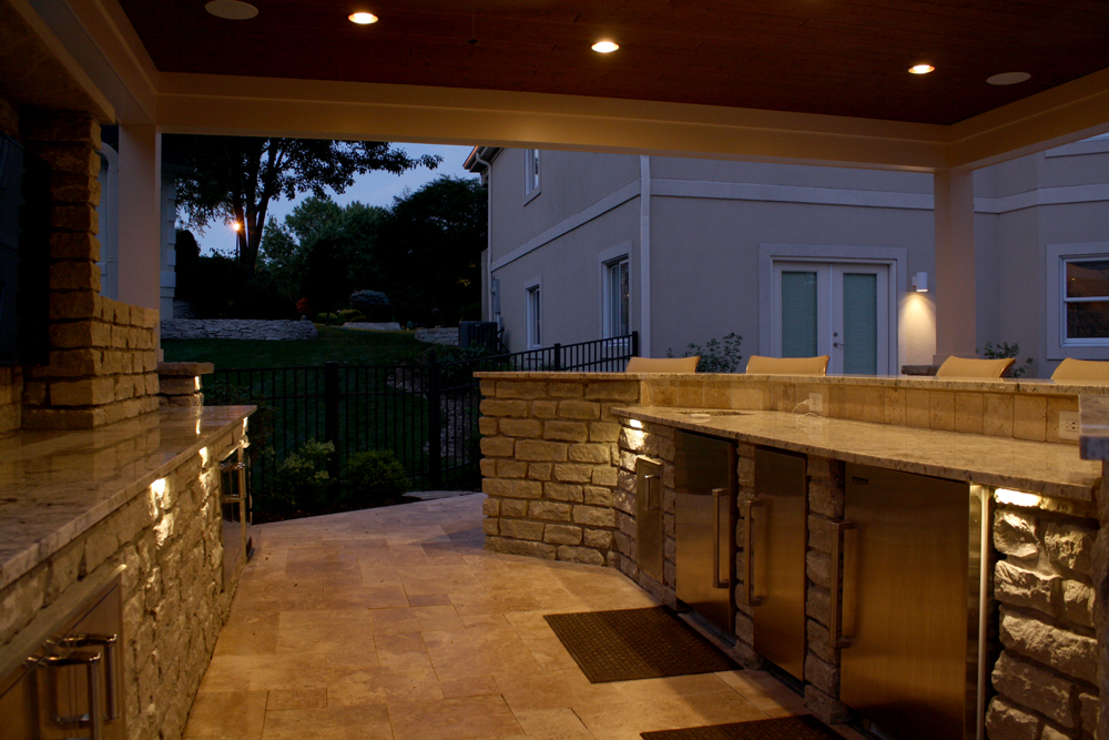 Accent lights for outdoor bars and counter-tops.