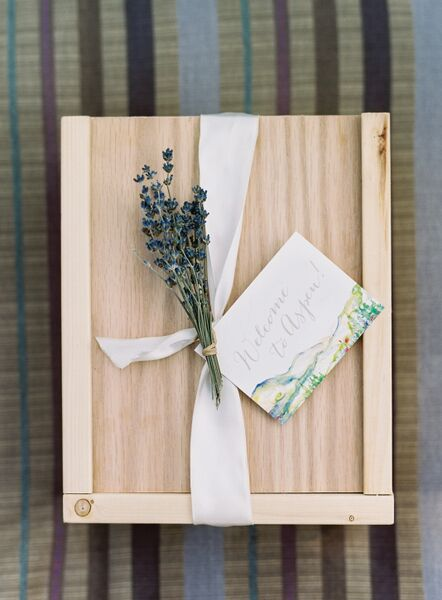 RUSTIC WELCOME Photo by: Rocky Mountain Bride