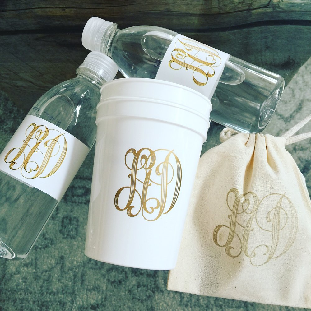 CUSTOM ITEMS - Water bottles & Stadium Cups - $2 - $5