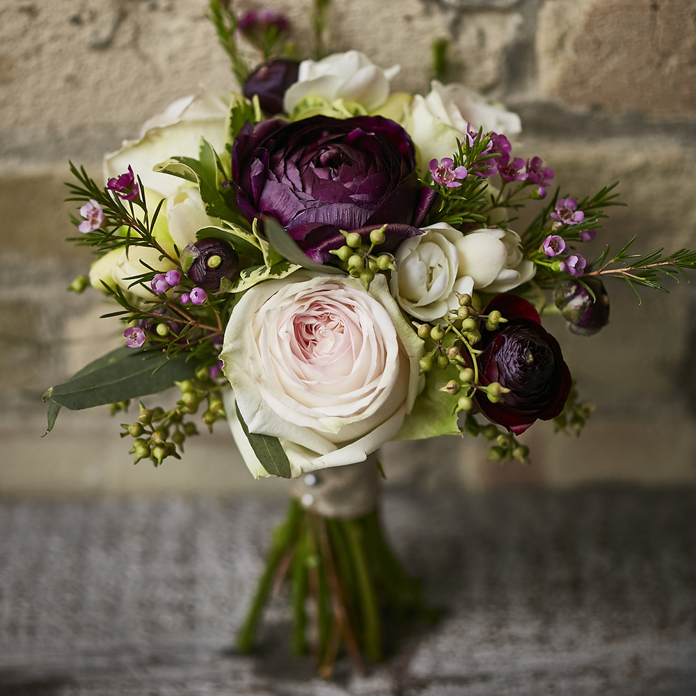 Plum & Blush | Charming bridesmaid bouquet