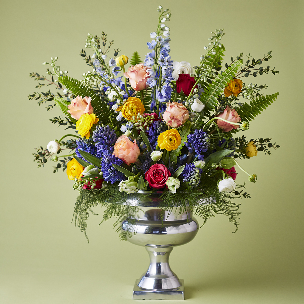 Spring Brights | Classic English Garden display florals