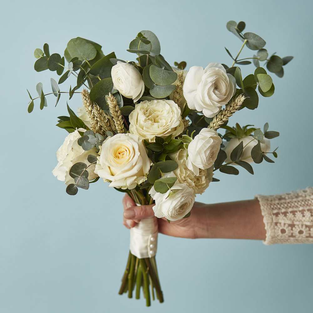 Vanilla buttercream palette | Bridal bouquet