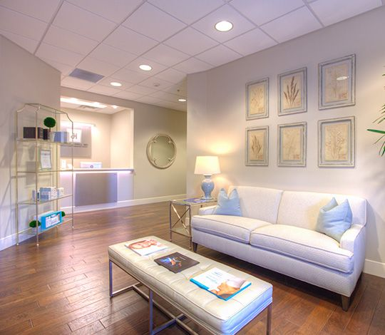 Dr. Jason Hall's Knoxville Plastic and Craniofaical Surgery Office - Knoxville, TN