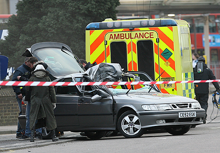 15-eastenders-car-crash-431x300