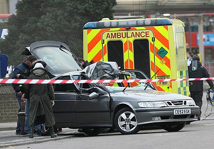 15-eastenders-car-crash-431x300