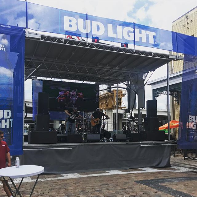Our #stagline #sl100 #mobile #stage and #ledwall #stagerentals #orlando #ledrental #portablefencing #stepupproductions #stagerentalorlando