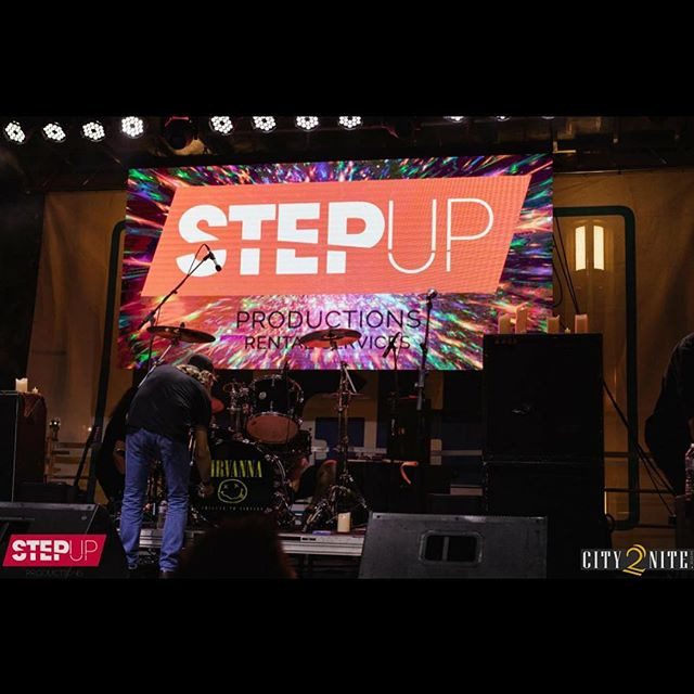 Here is a shot from @wallstplaza this past weekend of our stage, sound, lighting and video wall.