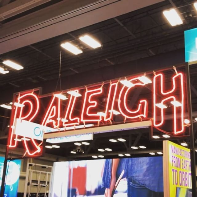 The Raleigh light shines so big and bright, deep in the heart of Texas. @glas.work @Raleighwake @VisitRaleigh @Raleigh4u and @raleighmuralsproject making our home lit #sxsw2019. . . . #picraleigh #hometown #proudlymadeinraleigh #thisistheplace #assemblehere