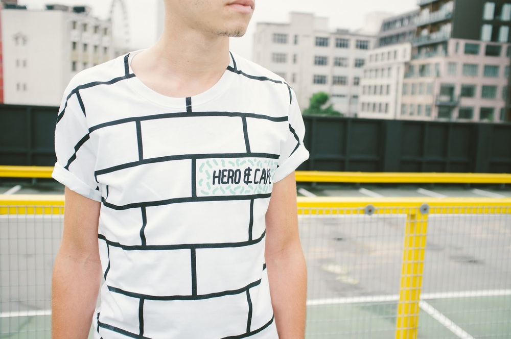 grid print fashion, grid print top, monochrome tshirt