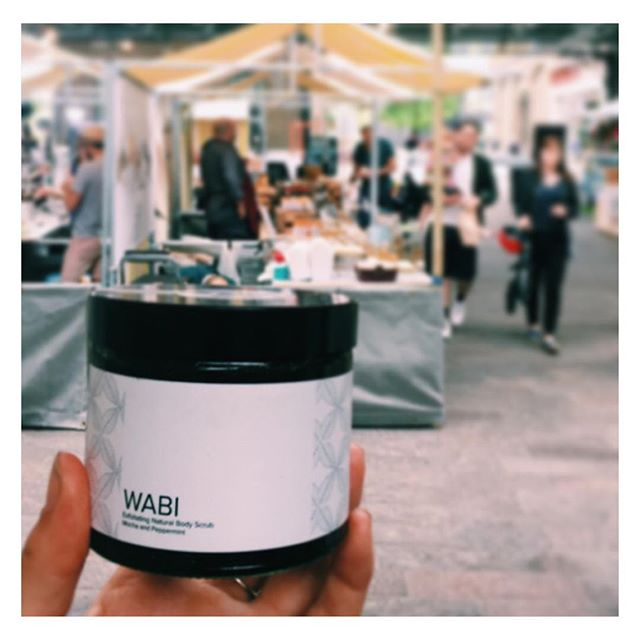 It's day 3/3 @kingscrossn1c #canopymarket ... come down and give our delicious scrubs a try 💁🏻 #kingscross #market #sunday #naturalskincareproducts #coffeescrub