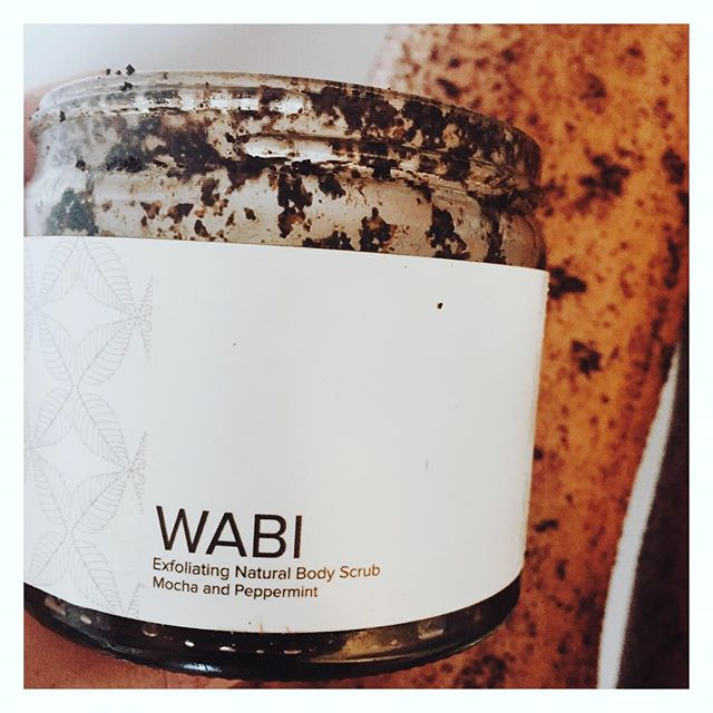 #wakeupandscrub this Sunday with our refreshing mocha and peppermint body scrub. Enriched with cacao butter and coconut oil it's gaurnteed to leave skin feeling soft (and no need to moisturise after!) available to buy online with FREE delivery  #sunday #scrubsunday #weekend #coffeebodyscrub #wabialloveryourbody