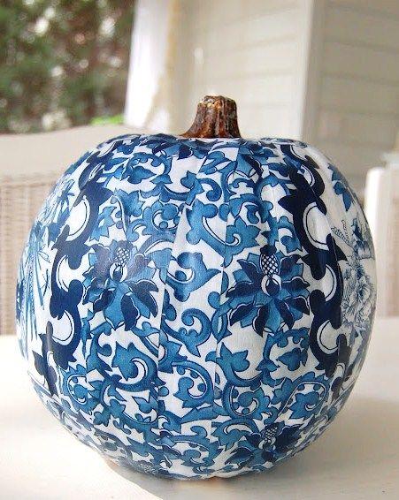 3f3c4895c108c8e87f15e3863cf0ea54--blue-pumpkin-white-pumpkins.jpg