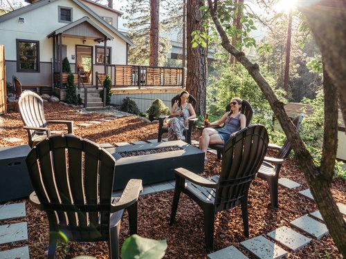 loge leavenworth outdoor space.jpg