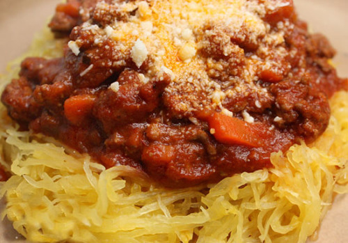 spaghetti-squash-with-meat-sauce.jpg