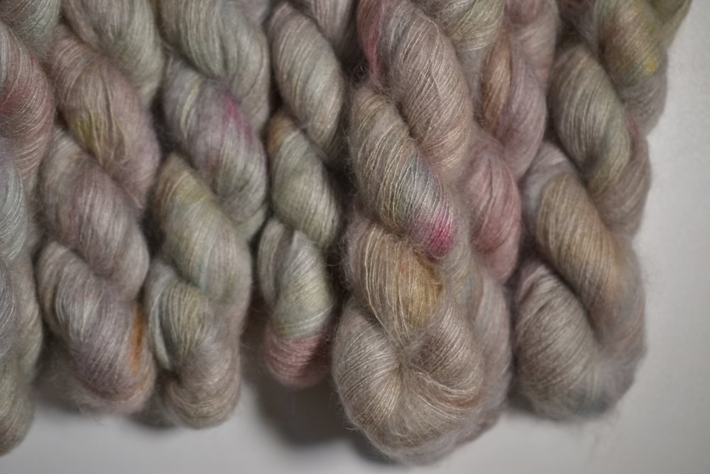 GARDEN GHOST - mohair lace