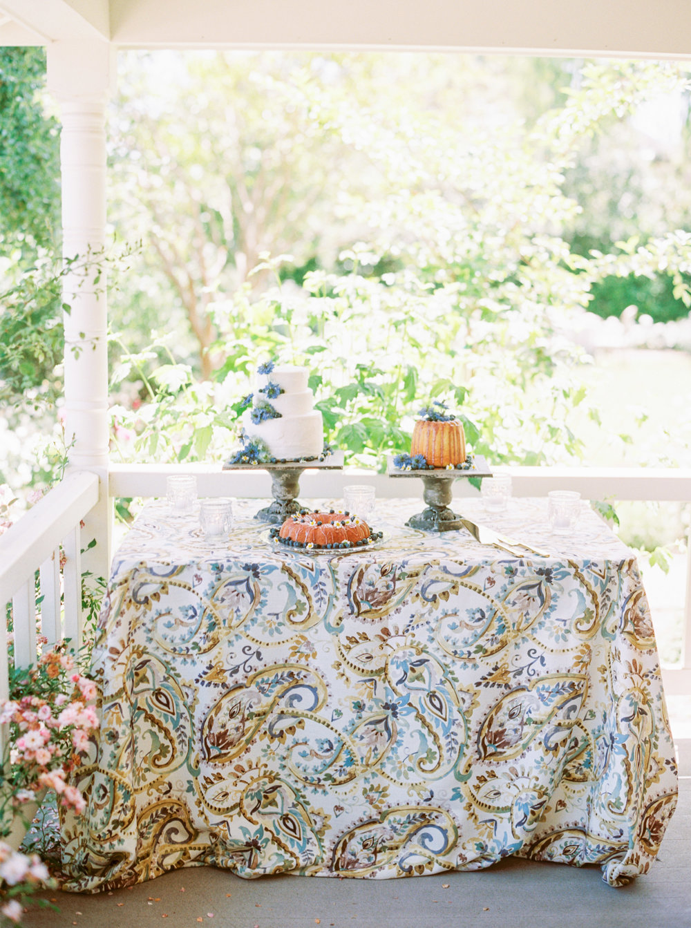 Cake Bloom Cake Table-Cake trio-dessert trio-Maysonnave House-Sonoma Wedding-Emily March Payne Photography-Napa Valley Linens