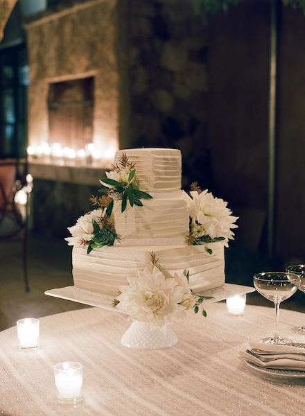 Modern Rustic Wedding cake design by Cake Bloom for an elegant wine country wedding in Napa | Meg Smith Photography