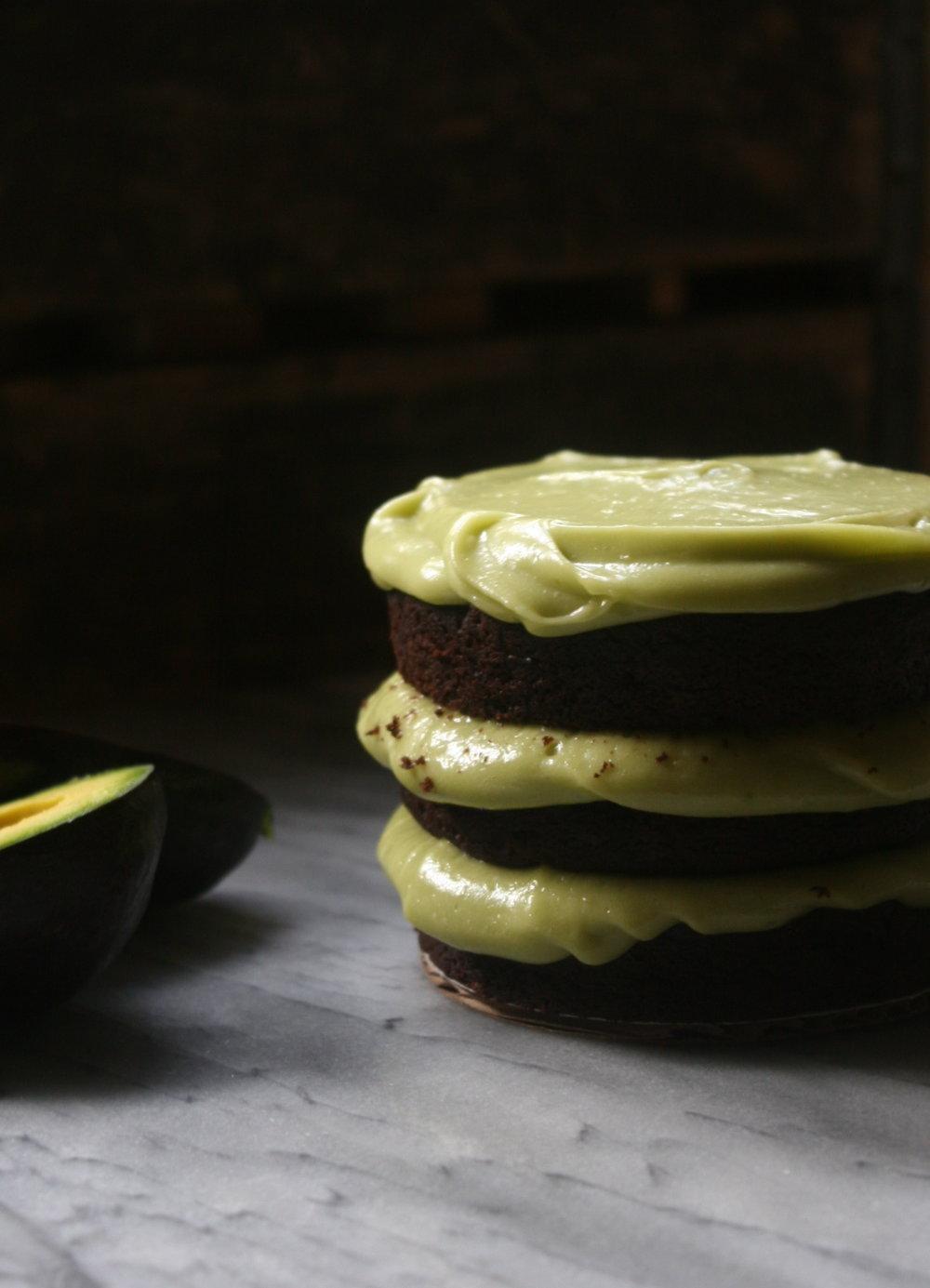 All natural vegan Avocado Cake with Avocado buttercream | recipe by Cake Bloom | Sonoma, California