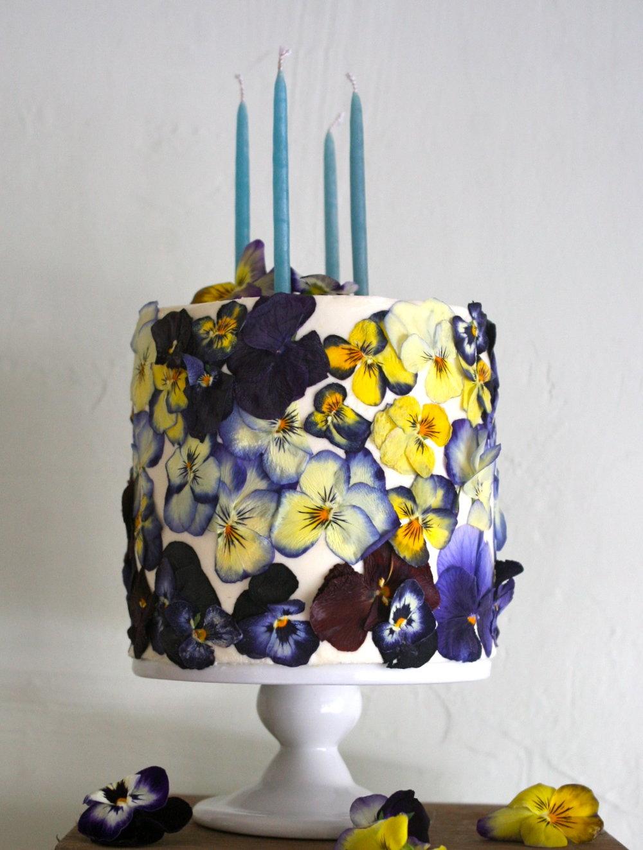 pressed edible flower cake by Cake Bloom | Sonoma, California