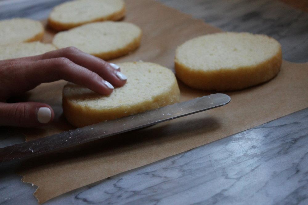 cake slicing for Miss Gertrude's caramel icing