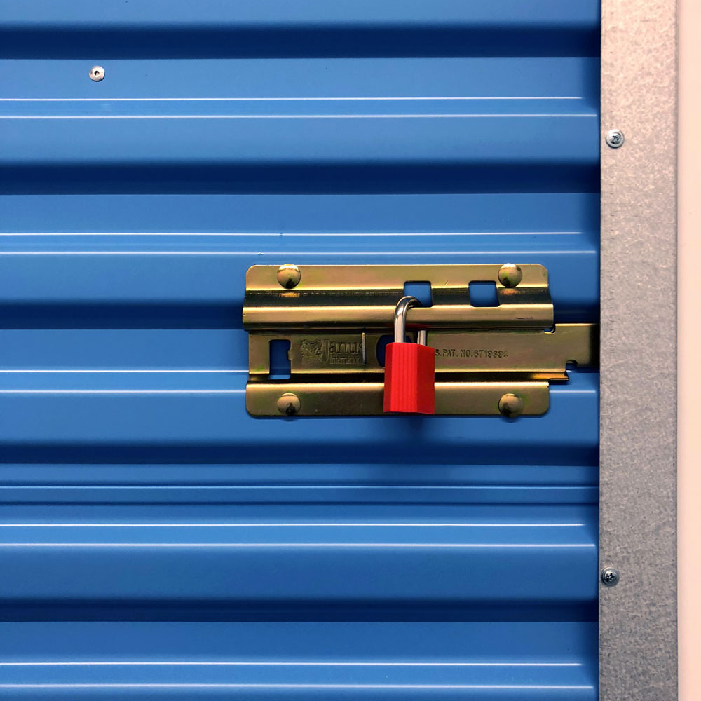 storage-locker-auctions.jpg