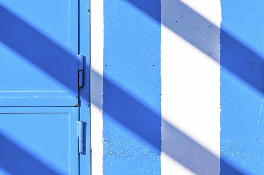 color-blue-wood-stripes-summer.jpg
