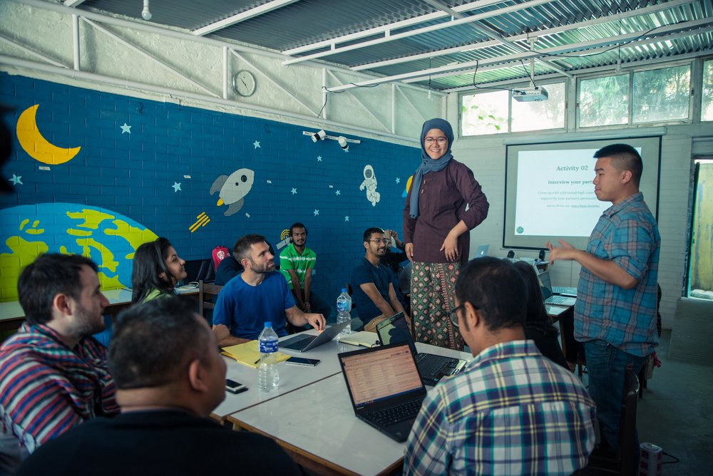 Ayisha Rahman (Malaysia) and Hermes Huang (USA) lead an activity in the Karkhana classroom in Kathmandu, Nepal during K_Space. Photo credit: Karkhana
