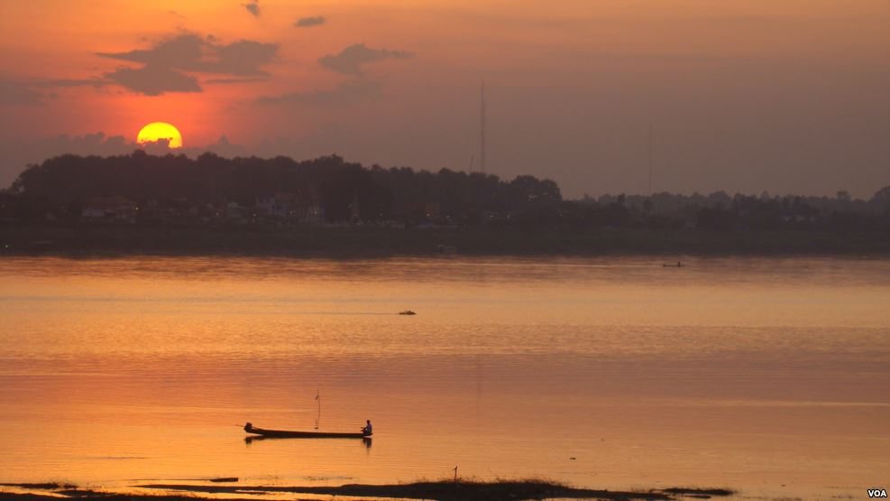 Mekong-Lancang River at dusk (Credit: voa)